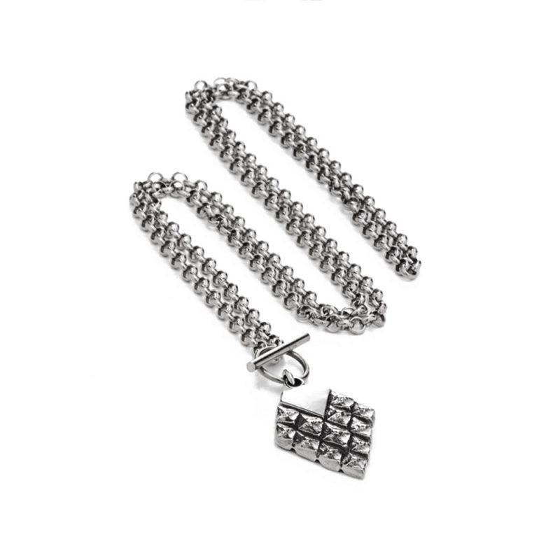 Dark Silver | 110€ | £100