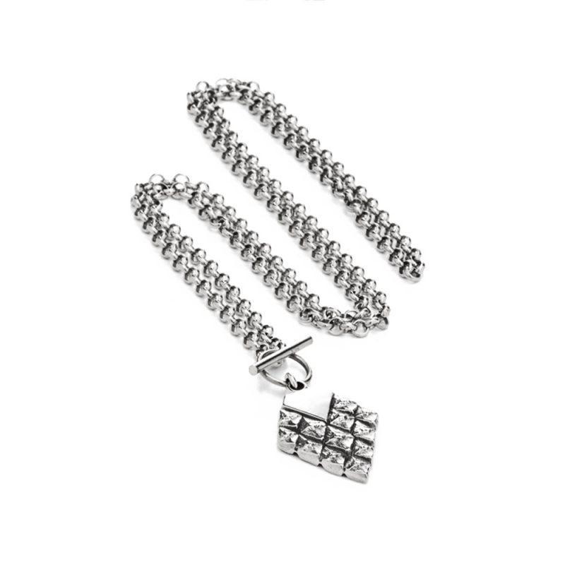 Silver | 95€ | £85