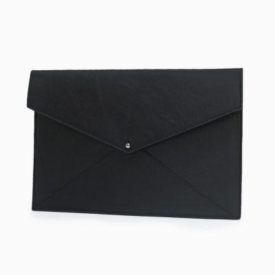 Black | 125 € | £115
