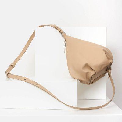 lovia_kapy_beige_bodybag